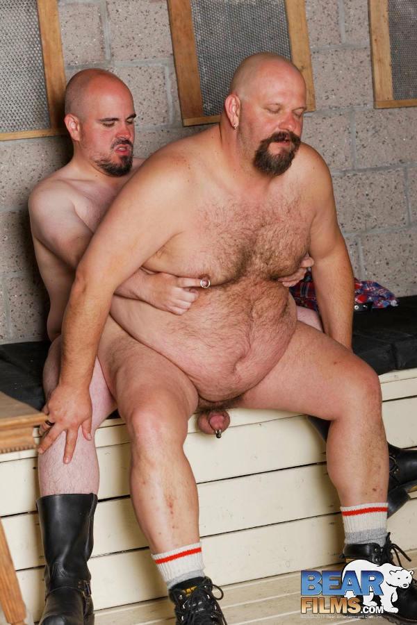 histoire de jeune hetero et vieux pervers gay