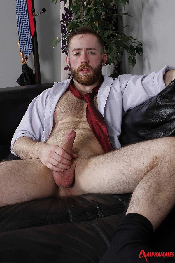 branlette au boulot gay musclé