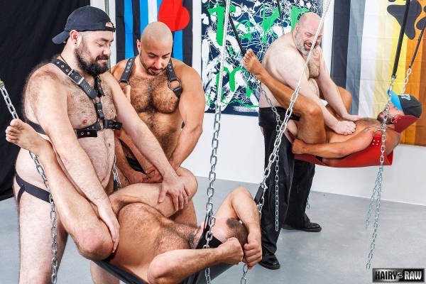 sex club bear